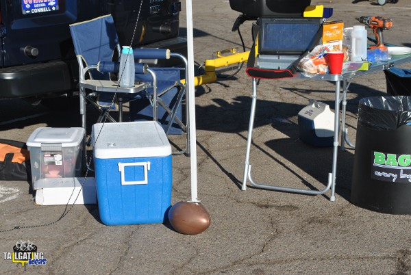 EZ Fan Foot Chargers Tailgate