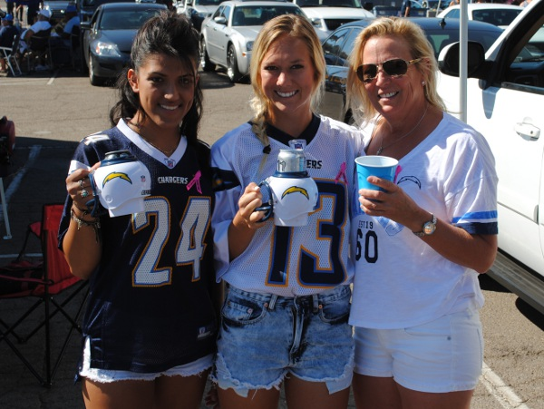 San Diego Chargers Fans Tailgating with the FanMug