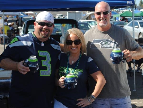 Seattle Seahawks FanMug Fans
