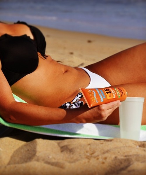 Sunscreen_Flask_Beach_Babe